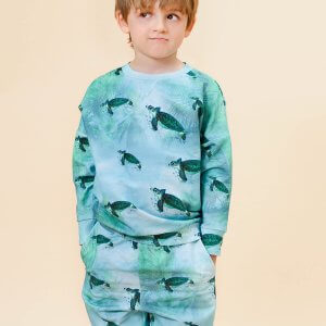 Little Man Happy MIAMI TURTLE Cropped Sweater MIAMI TURTLE Bermuda Shorts Mood