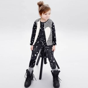 grey reversible vest with plush for girls and black unisex longsleeve and leggings made of organic cotton